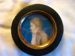 Miniature 1ère Moitié Du XIXème Siècle - Portrait D'homme Avec Cravate Blanche - Other Collections