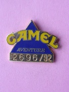 PIN'S  CAMEL  AVENTURE  2696/92   -  Automobile, Rallye  (56) - Rallye