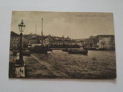 Trieste - Piazza Grande E Il Lloyd - Bateau - Trieste