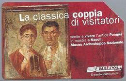 IT.- SCHEDA TELEFONICA. TELECOM ITALIA LIRE 10.000. La Classica Coppia Di Visitatori.  2 Scans - Italië