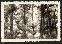 Photo Ancien / Foto / Boy / Garçon / Scouts (?) / Scouting (?) / Size: 9 X 6 Cm. - Personnes Anonymes