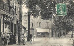 94  SUCY    LA    PLACE  DE  LA  GARE - Sucy En Brie