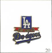 PIN'S Sport - Baseball / Dodgers De Los Angeles (USA). Est. ©/TM MLB 1988 By Peter David Inc. EGF. T558-20 - Baseball