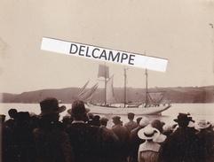 BINIC  SAINT PIERRE ET MIQUELON 1921 - Très Rare Photo Du '' POLO '' Partant Pour La Campagne Des Morues - Barche