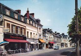 CPSM - 27 - LE NEUBOURG - Rue De La République - 103 - Le Neubourg