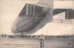 (54) Lunéville - Un Zeppelin Vu D'arrière Au Champ De Mars - Avril 1913 - Dirigeable Aviation Ballon - Luneville