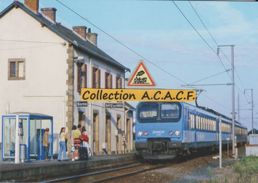 Automotrice Z 9624 (TER Le Croisic-Nantes) En Gare De Batz-sur-Mer (44) - - Batz-sur-Mer (Bourg De B.)
