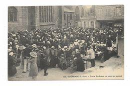 CPA 44 GUERANDE Place Saint Aubin Un Jour De Marché - Guérande