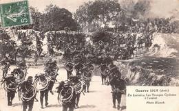 (54) En Lorraine - Les Troupes Cyclistes à L'assaut - Guerre 1914 - Militaire Militaria Soldats - Zonder Classificatie
