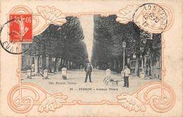 VERNON - Avenue Thiers - Motifs Gaufrés - Vernon