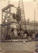 Villers-Cotterets Le 8 Novembre 1925  -  Montage Ou Démontage De La Statue - Lieux