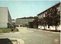 Hourtin Centre De Formation Le Pavillon Du Commandement Et Le Pavillon Jean Bart CPM Ou CPSM - Other Municipalities