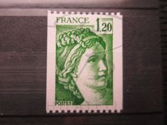 VEND BEAU TIMBRE DE FRANCE N° 2103 , 2 BANDES PHOSPHORES ( BANDE PHOSPHORE A CHEVAL LATERALEMENT ) , XX !!! - Errors & Oddities