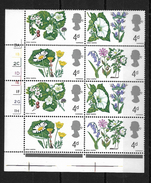 GB QEII 1967 Wild Flowers 4d In MNH Corner Block Of 8 (5722) - Unused Stamps
