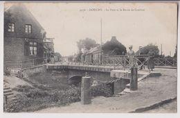 DOUCHY : LE PONT ET LA ROUTE DE CAMBRAI - ECRITE EN 1908 - 2 SCANS - - France
