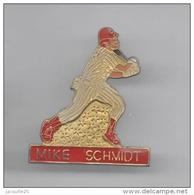 PINS PIN'S SPORT BASEBALL BALLE MIKE SCHMIDT - Baseball