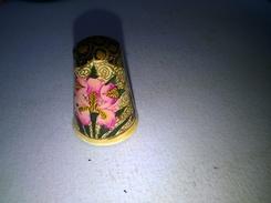 Dé A Coudre Bois Peint - Thimbles