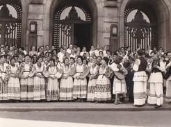 YOUGOSLAVIE  -  Lot De 4 Clichés D'un Festival  Chorales  -  Costumes  -  Voir Description - Jugoslavia