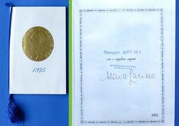 Calendario Con Autografo Maria Larussa - Unione Monarchica Italiana - 1975 - Calendarios