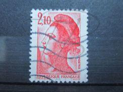 VEND BEAU TIMBRE DE FRANCE N° 2319 , TACHE ROUGE DANS LE BONNET !!! - Variétés: 1980-89 Oblitérés