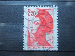 VEND BEAU TIMBRE DE FRANCE N° 2376 , AVEC MACULAGE !!! (d) - Variétés: 1980-89 Oblitérés
