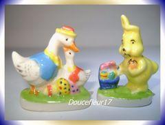 Pâques En Folie ... 2 Fèves .. Ref AFF : 120-2002...(Boite Sujet) - Animals