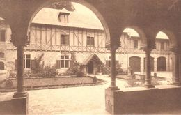 Orval - Abbaye D'Orval - Cour D'entrée Vue Du Porche Du Bâtiment Des Retraitants - Autres