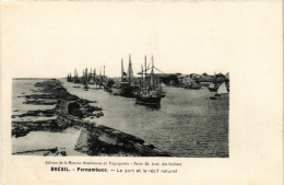 CPA PERNAMBUCO Le Port. Le Recif Naturel. Ed. De La Maison Bresilienne De Propagande BRAZIL (a4778) - Brasil