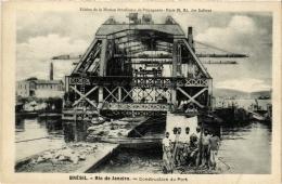 CPA RIO DE JANIERO Construction Du Port. Ed. De La Maison Bresilienne De Propagande BRAZIL (a4792) - Brasil