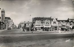- Dpts Div.-ref-WW259- Vendee - Les Sables D Olonne - Place De Strasbourg - Garage Du Remblai - Hotel Saint Pierre - - Sables D'Olonne