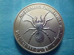 1 DOLLAR ELIZABETH II AUSTRALIA    /    FUNNEL-WEB SPIDER   2015 - Tokens & Medals