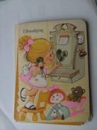 Kinderen Children Enfants Kinder Girl With Old Telephone - Kindertekeningen
