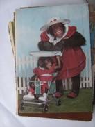 Monkey Mama And Child - Geklede Dieren