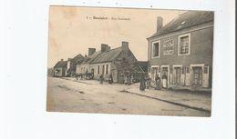 BOULOIRE (SARTHE) 2 RUE NATIONALE (CAFE DE LA RENAISSANCE FONTAINE PROPRIETAIRE  ATTELAGE CHEVAL ET ANIMATION) 1915 - Bouloire