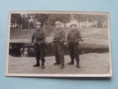 Soldaten / Soldats / Soldiers - Anno 19?? Dec. '49 Zie Achterkant ( Zie Foto's ) - Guerre, Militaire