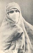 Algerie, Mauresque En Costume De Ville - Algerije