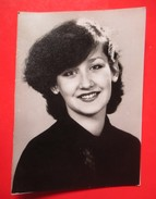 W4-Vintage Photo Snapshot-Pretty Girl ,Nice Photo - Anonymous Persons