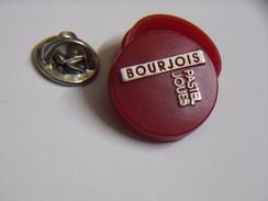 Pin's - POUDRIER - Pastel à Joues - MAQUILLAGE - BOURJOIS - Perfume