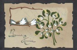 CPA FANTAISIE CELLULOID DENTELEE - Peinte à La Main - Joli Bouquet De Gui - Tableau - Paysage - Bonne Année -#578 - Nouvel An