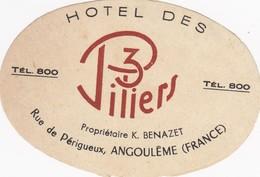 FRANCE  -  HOTEL LUGAGGE  LABEL - HOTEL DES 3 PILIERS - ANGOULÊME - Etiketten Van Hotels