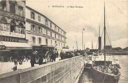 CPA Honfleur  Le Quai Beaulieu - Honfleur
