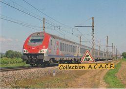 Train Corail TER Dijon-Lyon, à Meursault (21) - - Meursault
