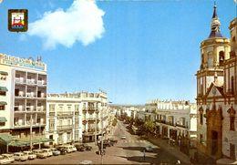 TARJETA POSTAL CIRCULADA , CÁDIZ - SAN FERNANDO , PLAZA DEL EJÉRCITO Y AVDA. DE LA MARINA - Cádiz
