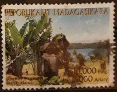 MADAGASCAR 2003 Tourism. DEFECTUOSO. USADO - USED. - Madagascar (1960-...)