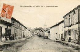 CPA - PASSAVANT-en-ARGONNE (51) - Aspect De La Grande-Rue En 1915 - Autres Communes