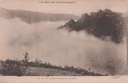 Le Brouillard Dans La Vallee - Unclassified