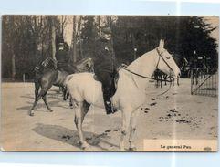 Histoire - Le Général Pau (cheval) - Militaire - Personnages