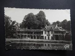 CPA - (78) - VERSAILLES - HAMEAU DU PETIT TRIANON - COMITE POUR LA SAUVEGARDE DU CHATEAU DE VERSAILLES - R9775 - Versailles (Château)