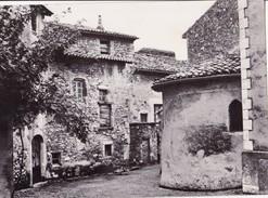 MANAS Intérieur Du Village Et Abside De L'église - Autres Communes