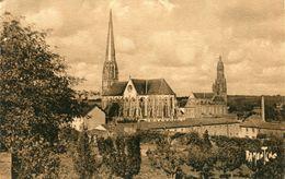Saint Laurent Sur Sevre Chapelle Des Filles De La Sagesse Et Eglise Paroissiale - Sonstige Gemeinden
